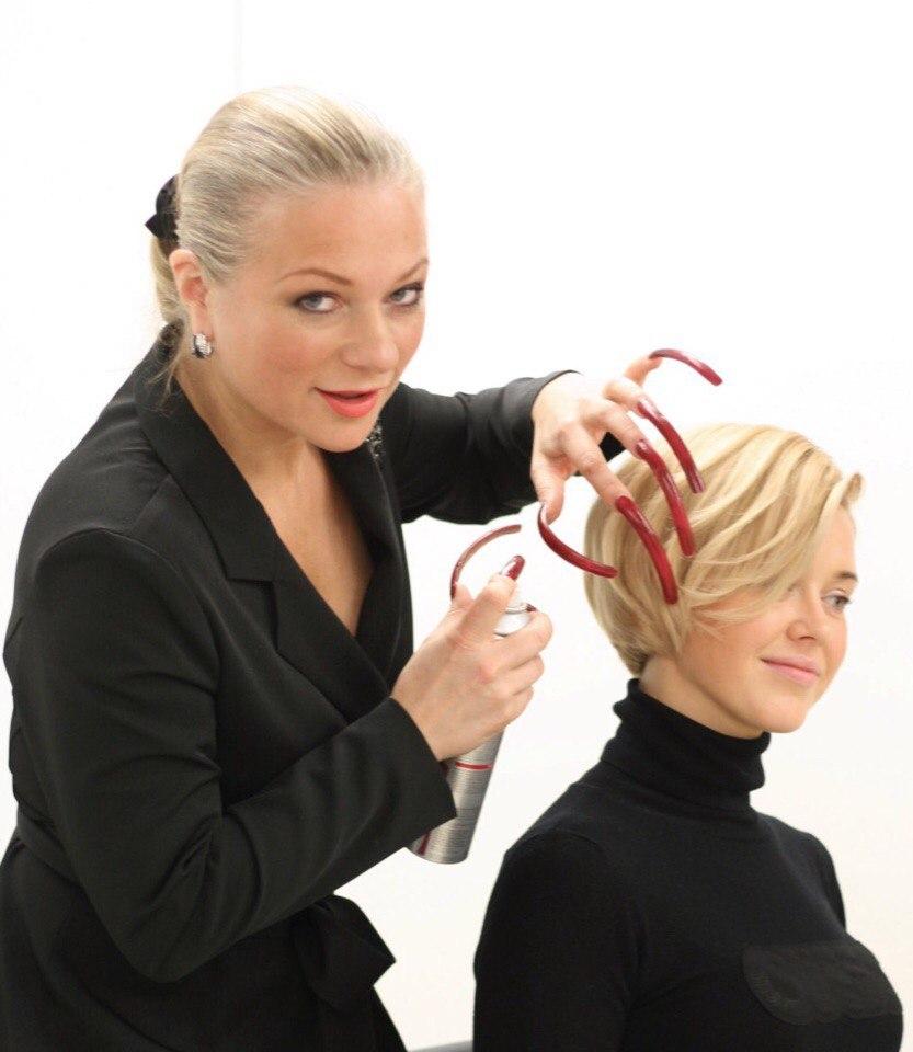 Мастер класс от топ-стилиста и самого быстрого в мире парикмахера- Анны Михайловой!